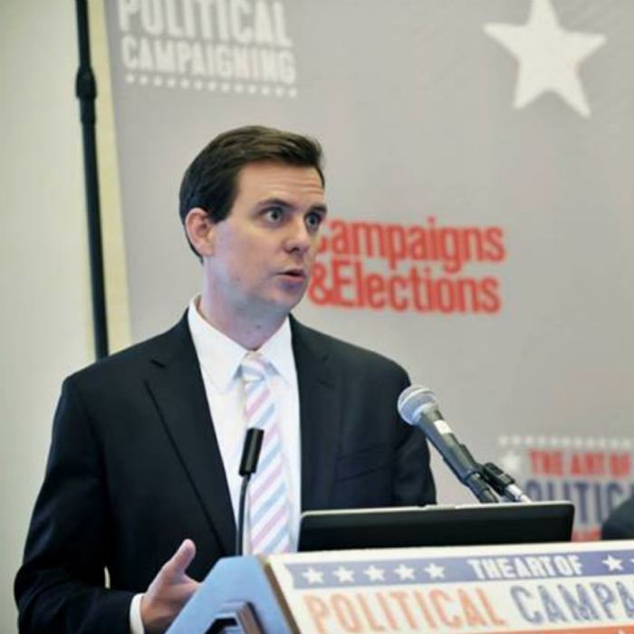 Stutts speaking on political campaigns